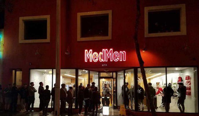 ABD'li MedMen'in Üst Düzey Yöneticileri Şirkete Yönelik Suçlamalar Arasında İstifa Etti