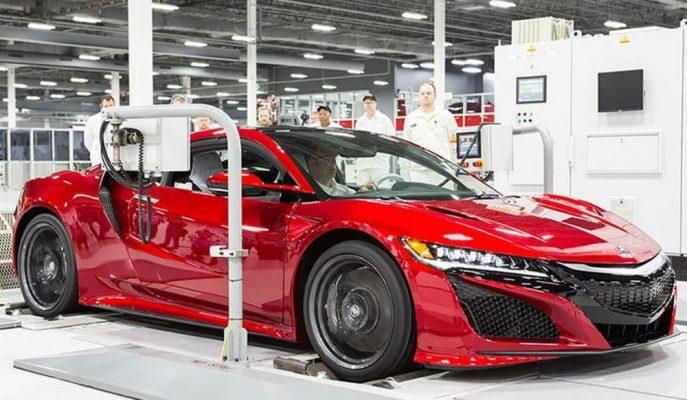 """Acura NSX'in """"Andaro"""" Boyası Neden 6.000 $ Farkla Geliyor?"""