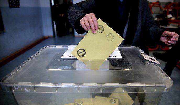 AK Parti Seçim Mevzuatlarında Değişiklik Yapmaya Hazırlanıyor