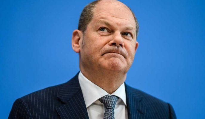 Almanya Maliye Bakanı Yavaşlayan Ekonomiyi Canlandırmak için Yeni Borca Karşı