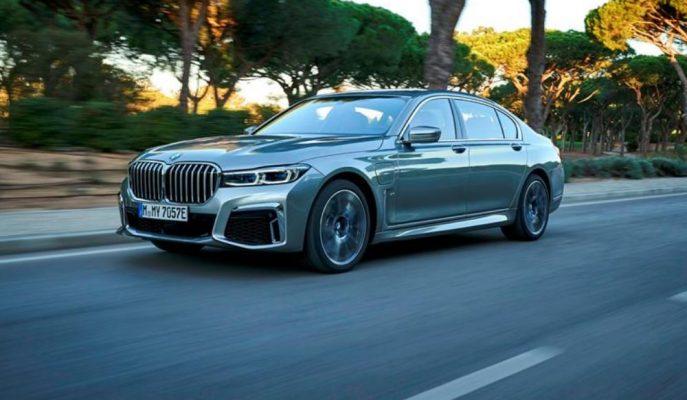 BMW, V12 Motoru Hakkındaki Son Kararını Söyledi!