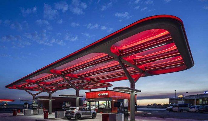 Carlyle Group Mubadala'dan İspanyol Petrol Şirketi Cepsa'nın Önemli Azınlık Hissesini Alıyor