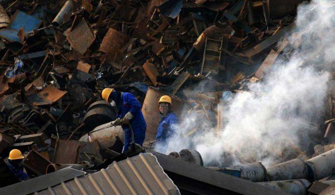 Çin İmalat Sektörü Verisi Nisan'da Beklenenden Yavaş Büyüdü