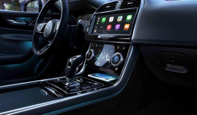 Jaguar Tasarım Patronu Araçlarında Devasa Ekranları Neden İstemediğini Açıklıyor!