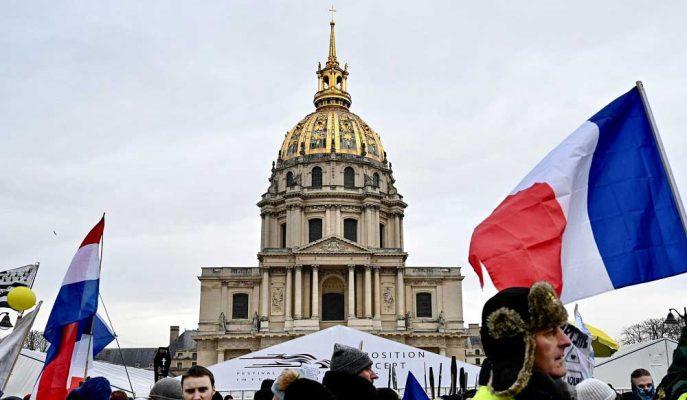 Macron'un Sarı Yelekleri Yatıştırma Çabaları İtalya-AB Anlaşmazlığını Yükseltecek