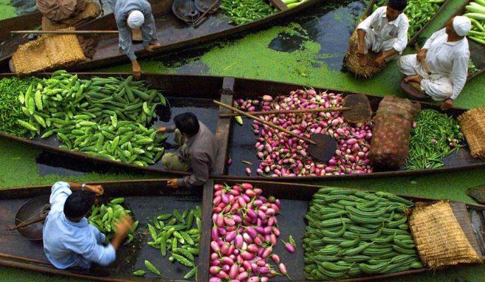 Muson Korkusu ve Petrol Fiyatları Hindistan'da Yüksek Enflasyon Riskini Artıyor