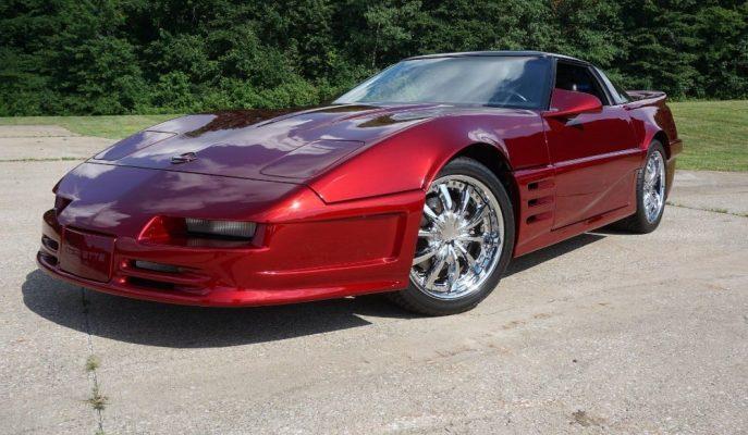 Özel Renkli 1989 Corvette C4 Diğerlerinden Çok Fazla Detayla Ayrılıyor!