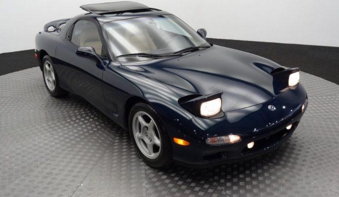 Sadece 7 Bin Km'deki 1994 Mazda RX-7 Açık Artırmada Satılıyor!