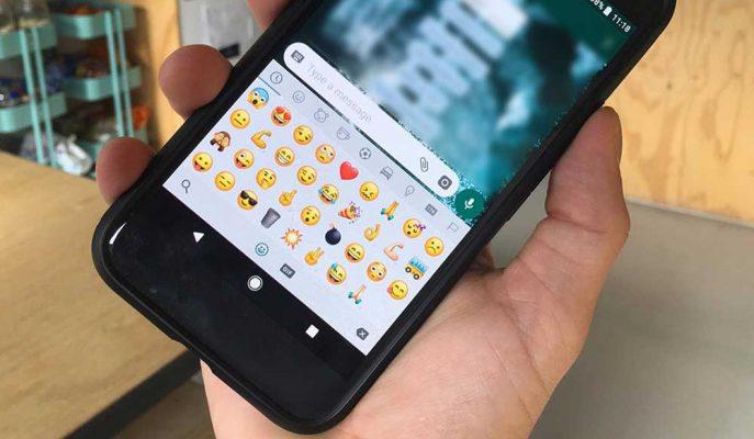 WhatsApp Etiket ve Emoji Meraklılarına Yeni Özellikler Sunmaya Hazırlanıyor