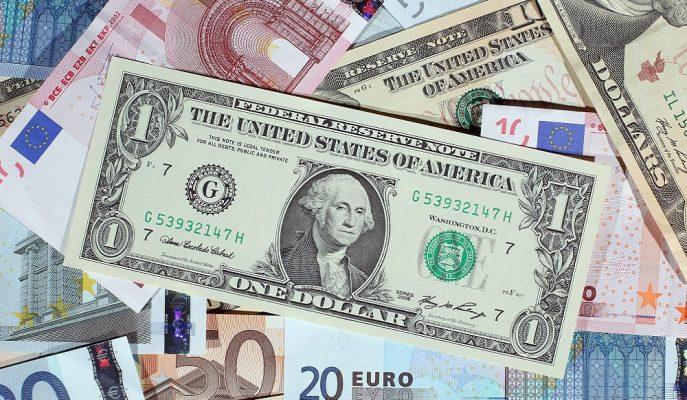Piyasalarda S-400 Hareketliliği: Dolar 6,15'i, Euro 6,87'yi Aştı