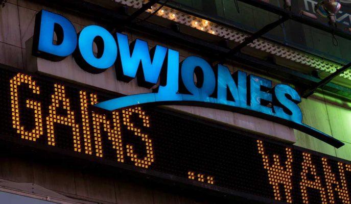 Dow Jones Vadelileri Trump'ın Beklenmedik Tarife Açıklamasıyla 450 Puan Düştü