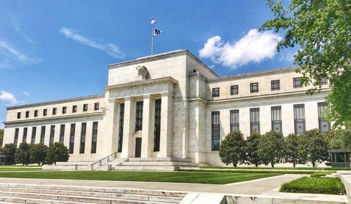 Düşük Enflasyon ve Küresel Riskler Fed'i Faiz İndirimine Götürebilir