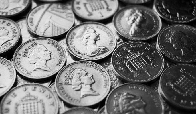 İngiltere'nin Artan Nakitsiz Ödemeleri Bozuk Paraları Dolaşımdan Kaldırmaya Yetmedi