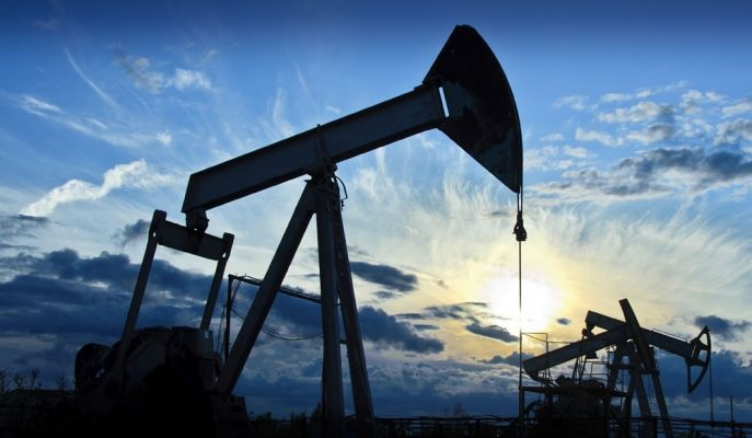 Petrol Fiyatları Jeopolitik Gelişmelerin Arz Üzerindeki Etkilerinin Değerlendirilmesiyle Yükseldi