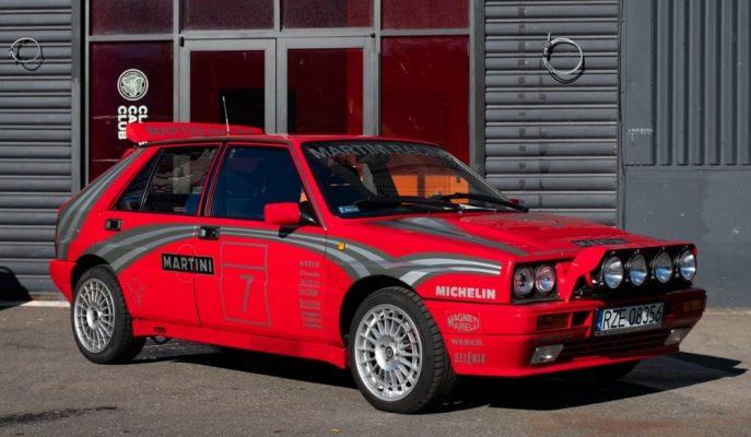 80'lerin Rallicisi Gibi Hissetmek İsteyenlere Satılık Turbo Lancia Delta!