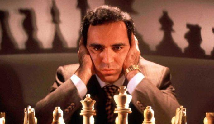 Satranç Efsanesi Kasparov Siber Soğuk Savaş Uyarısı Yaptı!