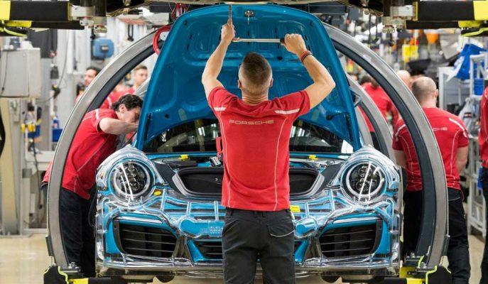 Trump Tarife Açıklarsa Alman Otomobil Sektörü Yüzde 12'ye Kadar Düşebilir
