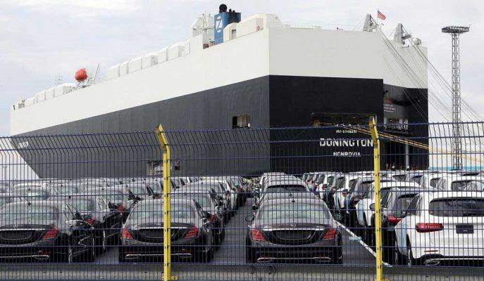 Trump'ın Avrupa Otomobillerine Getireceği Tarifeler Altı Aylığına Ertelendi