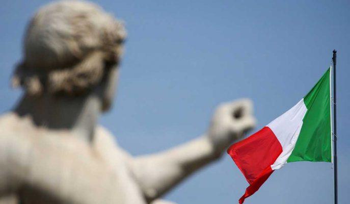 Avrupa Birliği Borcunu Azaltması için İtalya'ya 6 Ay Kadar Süre Tanıyabilir
