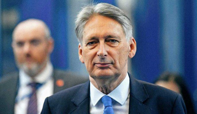 İngiltere Maliye Bakanı Anlaşmasız Brexit İhtimalinin Küçük Olduğunu Söyledi