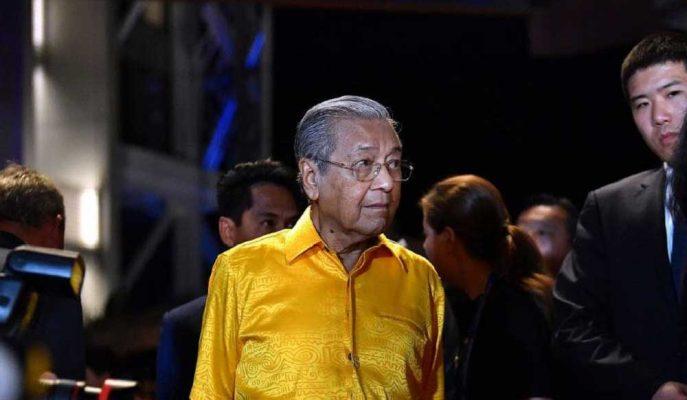 Malezya'nın 93 Yaşındaki Başbakanı Görevi Ne Zaman Bırakacağını Açıkladı