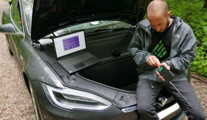 Yapılan Gerçek Bir Testle Tesla Model 3'ün Auto Pilot Sistemi Hacklendi!