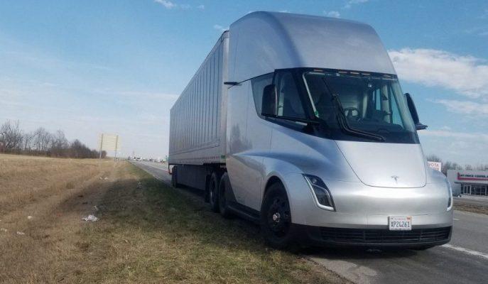 Elon Musk EV Kamyonu Semi'nin Ne Zaman Üretime Alınacağını Açıkladı!