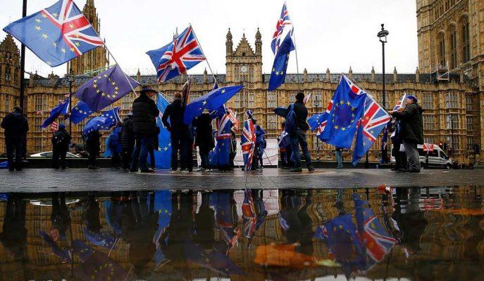 Anlaşmasız Brexit İngiltere'yi Tam Gelişmiş Bir Resesyona Sürükleyecek