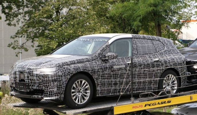 2021 BMW iNext Elektrikli SUV Casus Kameralara Yakalandı!
