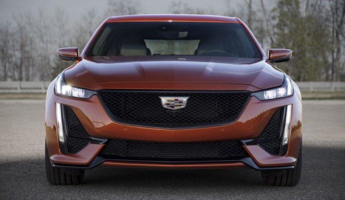 Cadillac Yeni V Birim Performans Araçlarını Manuel Vitesle Eşleştirecek!