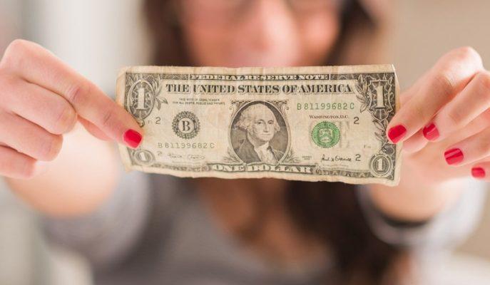 Beklenenden Daha Fazla Gelen Faiz İndirimi Sonrasında Dolarda Sert Dalgalanma İzleniyor