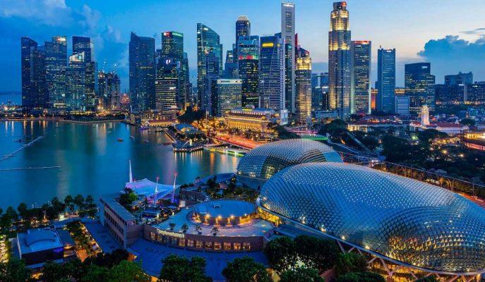 Stratejistler, Getiri Arayan Yatırımcılar için Singapur'un GYO Sektörüne İşaret Etti