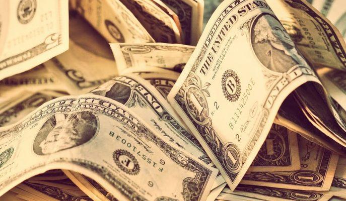TCMB'nin Faiz Kararının Ardından Dolar/TL 5.70 Civarında Dengelendi