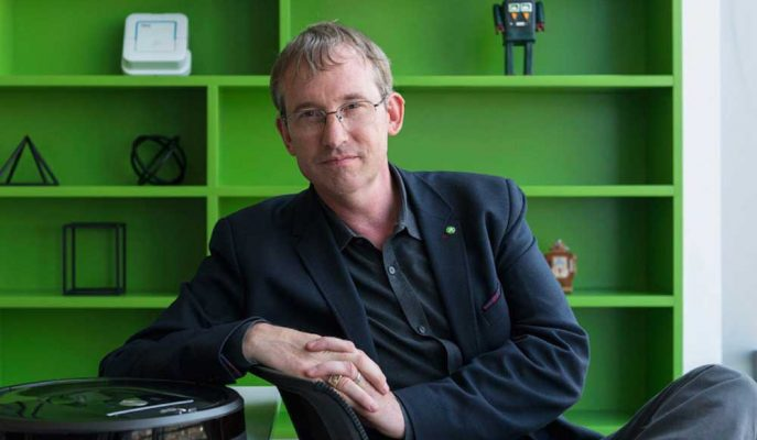 Ticaret Savaşı Roomba'nın Yapımcısı iRobot'u Vurdu, Hisseler Çift Haneli Düştü
