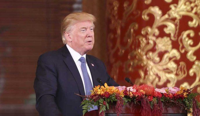Trump, Ticaret Müzakereleri Başlamak Üzereyken Çin'e Yönelik Saldırı Tweetleri Attı