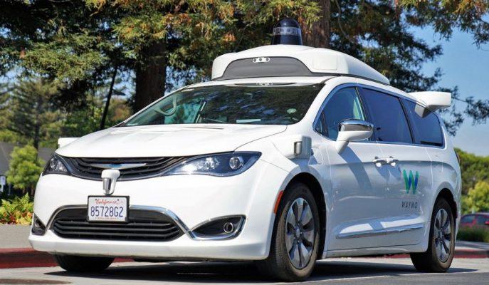 Waymo Kaliforniya'da Otonom Araçlarla Yolcu Taşıma Test İzinlerini Aldı!