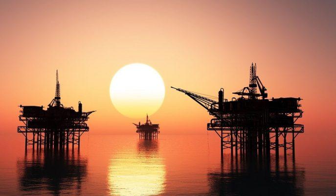 Petrol Fiyatları ABD Stoklarının Beklenmedik Şekilde Artmasıyla Yatay Seyrediyor