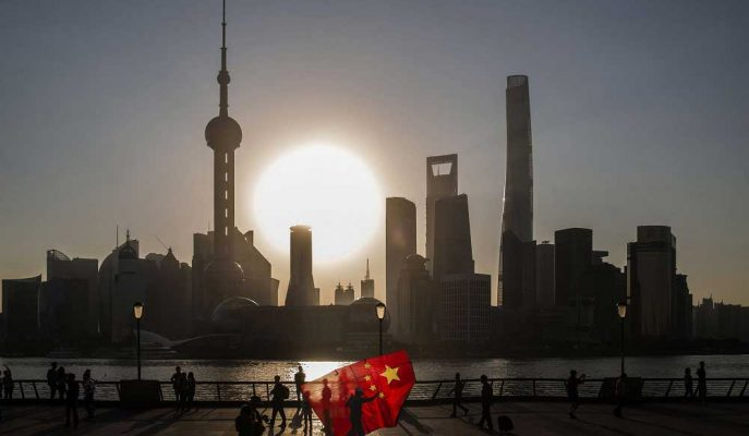 Çin Sanayi Şirketlerinin Kârı Temmuz'da Büyümeye Geri Dönse de Görünüm Bulutlu