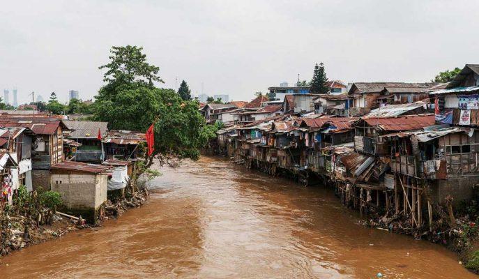 Endonezya Taşınacağı Başkenti Cakarta'yı Kurtarmak için 40 Milyar Dolar Taahhüt Etti