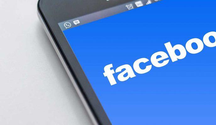 Facebook Gruplar Bölümü için Kullanıcı Dostu Arayüz Geliştiriyor