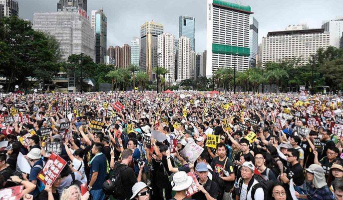 Hong Kong'daki Olaylar Dünya Ekonomisi için Resesyon Riski Taşıyor