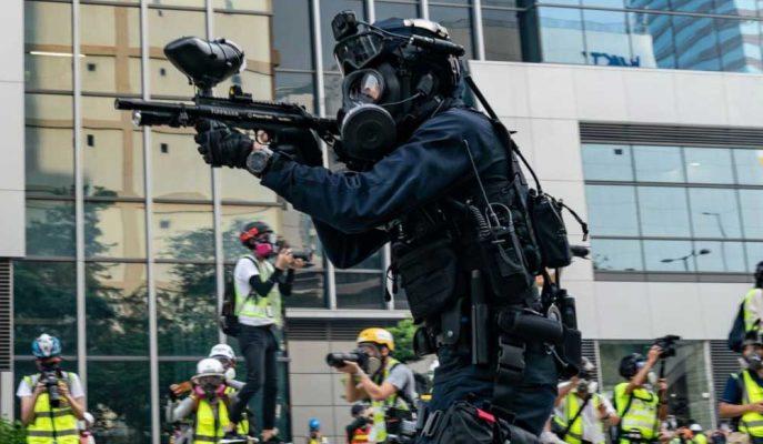 """Hong Kong Lideri Durumun Ciddileştiğini Söylerken """"Çin Müdahalesine Gerek Yok"""" Dedi"""