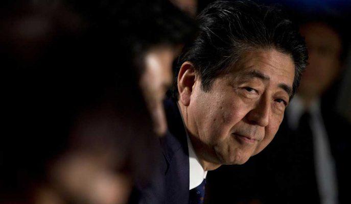 Japon Şirketler, Abe'nin Güney Kore'ye Karşı Sert Ticaret Duruşunu Destekledi