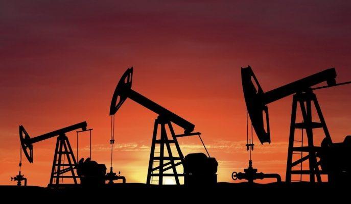 Petrol Fiyatları Powell'ın Jackson Hole Konuşması Öncesi Yatay Seyrediyor