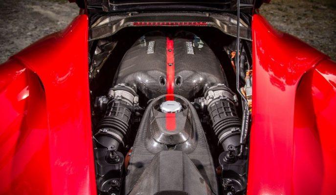 Satılık LaFerrari Motoru mu? 4 Tane Lamborghini Urus SUV mu?