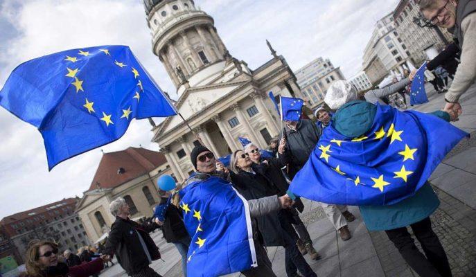 Avrupa'da Bazı Ülkeler Harcama Alışkanlığını Değiştirme Konusunda İştahsız Görünüyor