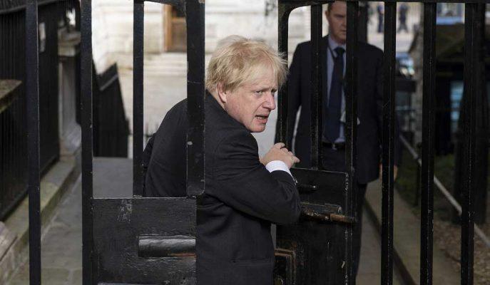 Boris Johnson için Brexit Kaosundan Tek Çıkış Yolu İstifa Etmek