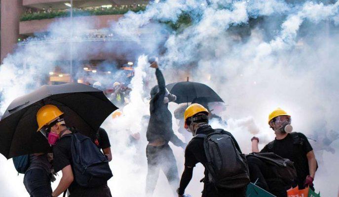 Hong Kong Protestoları Restoran ve Otel Çalışanlarına Büyük Zarar Veriyor