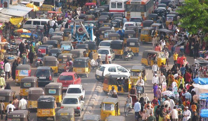 Otomobil Satışları Ağustos'ta %41 Gerileyen Hindistan Rekor Düşüşe İmza Attı