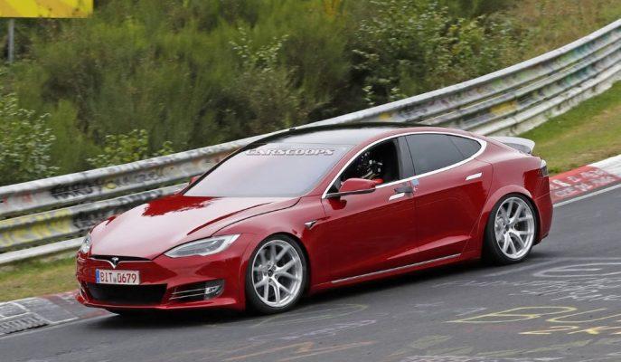 Tesla'nın Model S'ten Fazlası Olacak Serisi Rekor için Piste İndi!